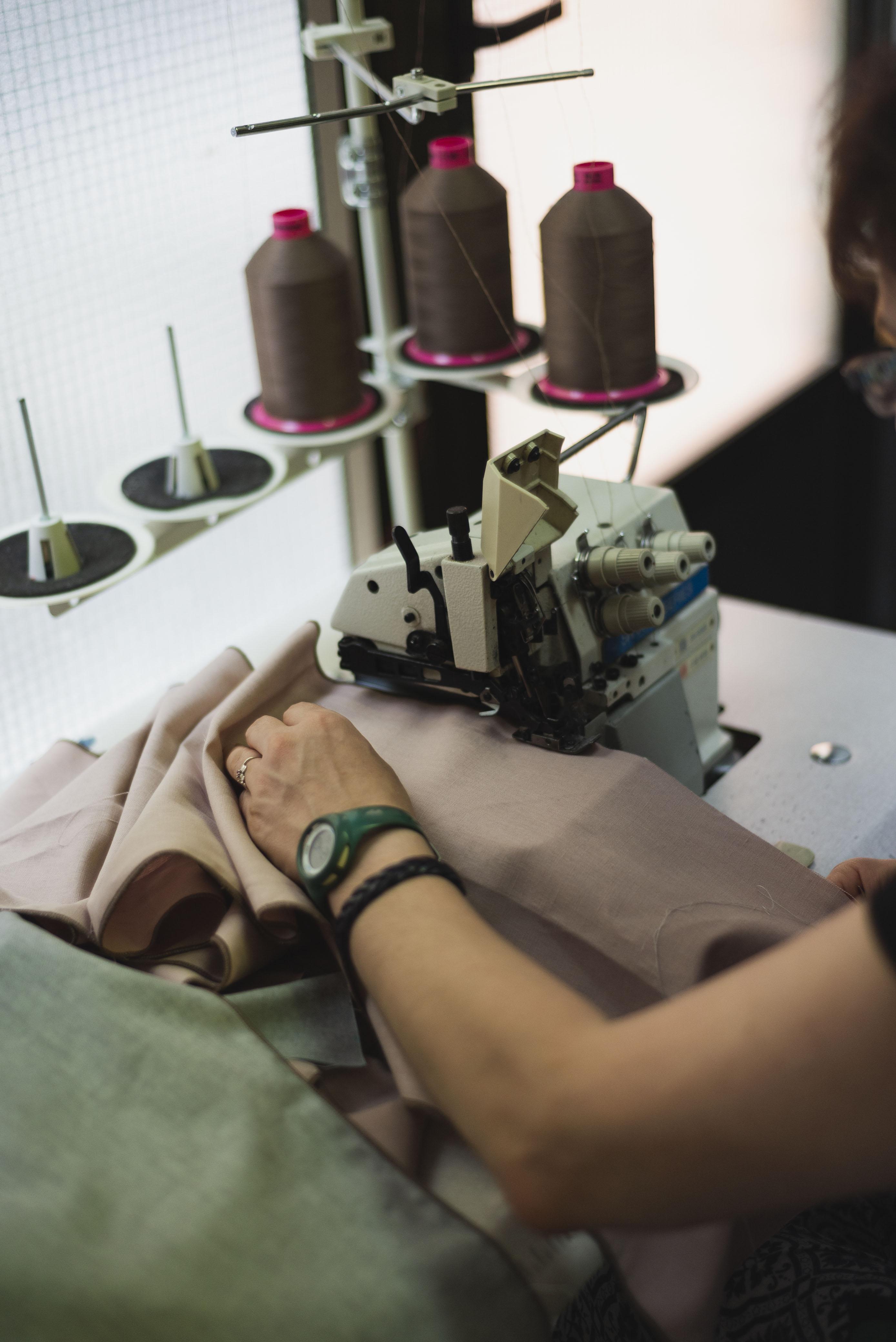 Bolsos y accesorios reciclados hechos a mano en Barcelona